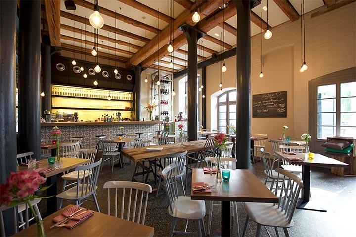 Alte Liebe Restaurant Tische und Stühle
